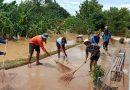 ทำความสะอาดโรงเรียนหลังน้ำลด